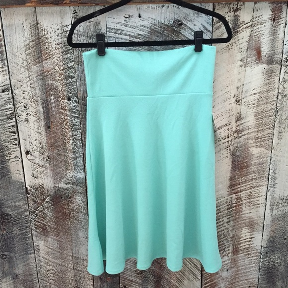 NWT Lularoe Azure midi swing skirt mint green